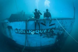 scuba-underwater-kodiak-queen-SUNK0417
